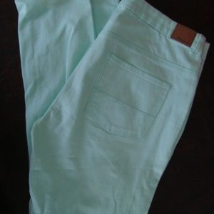 Forever 21 Mint Green skinny jeans sz 28